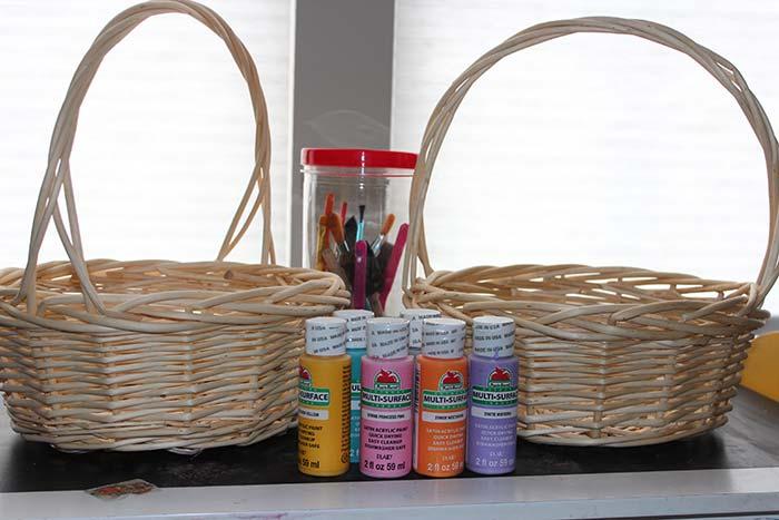 painting-baskets-supplies.jpg